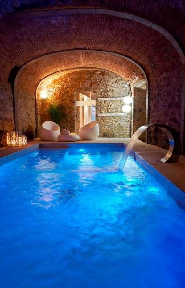 egzotik tasarımlı malikane içi kapalı yüzme havuzu